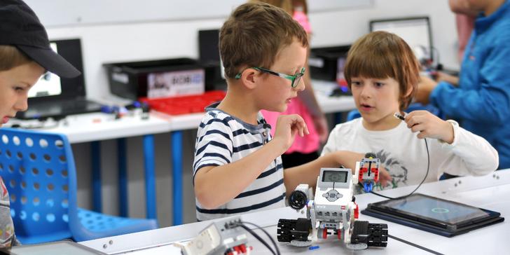 Ponořte se do světa robotů: show ROBO SUMO v New Village