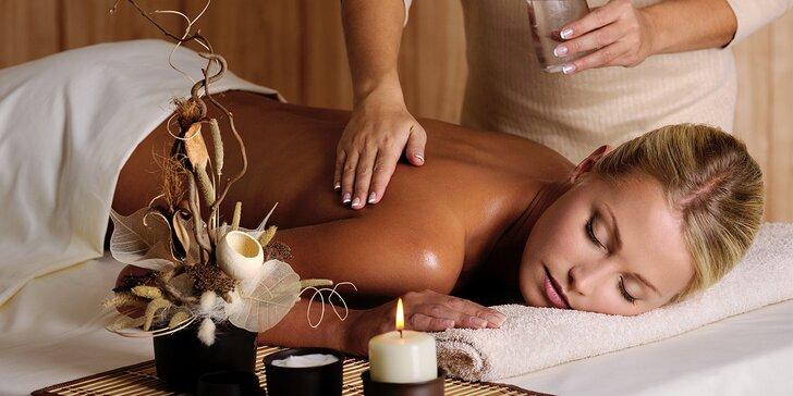 Nechte se hýčkat: Relaxační olejová masáž dle výběru