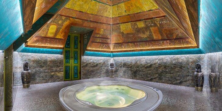 Privátní vířivka v pyramidě: relax pro 2 osoby včetně vstupu do slaného bazénu