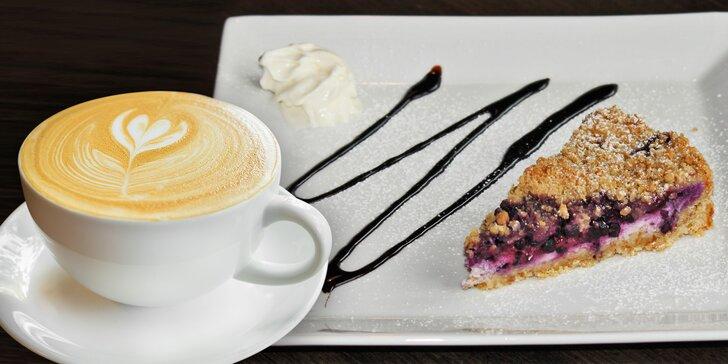 Pro hezčí den: káva Lavazza a sladký dortík dle výběru