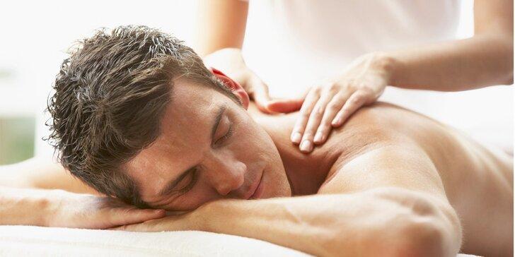 Masáž dle potřeby: Aromaterapeutická masáž nebo lymfatická masáž končetin