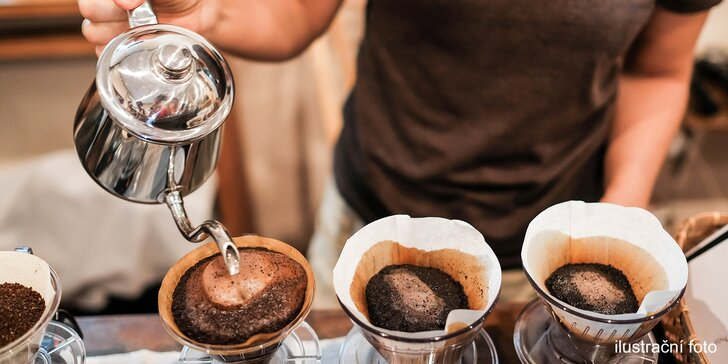 Degustace filtrované kávy pro 2–3 osoby s výkladem o jednotlivých druzích kávy