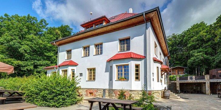 Pobyt v Lesním penzionu: privátní wellness, domácí kuchyně i slivovice