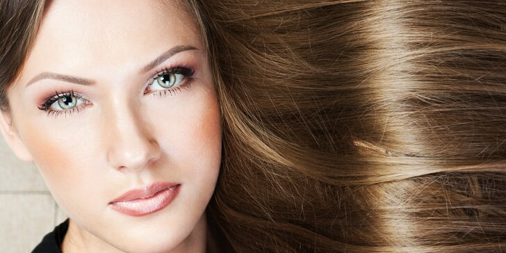 Modní střih s obnovou vlasů od Curaplex v Silver Spa Salonu