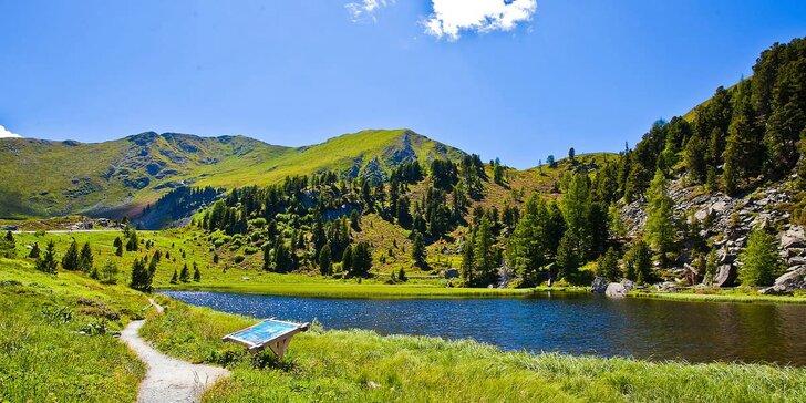 Krajem jezer i hor Rakouska: v ceně 3* hotel, polopenze, doprava i vstupy