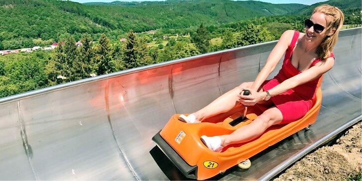Vzhůru dolů: permanentka na 5–10 jízd na nejdelší moravské bobové dráze