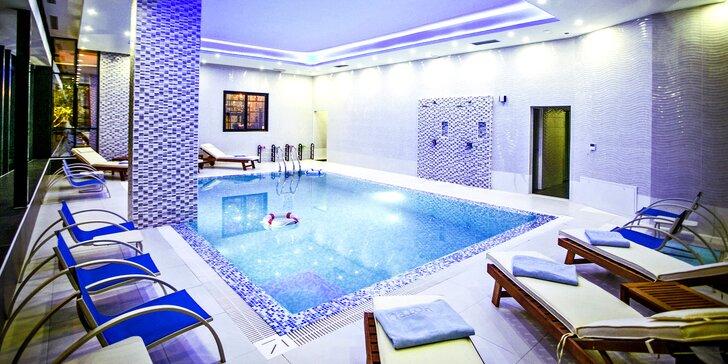 7 nocí na Ulcinjské riviéře v Černé Hoře: 4* hotel s polopenzí a bazénem