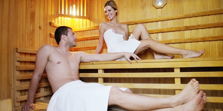 100 minut privátní finské sauny až pro 4 osoby + květina jako dárek