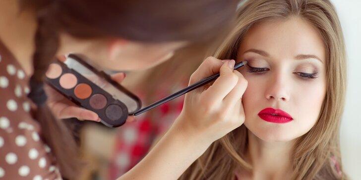Ukažte svou krásu: Fotoproměna včetně makeupu, účesu a stylingu