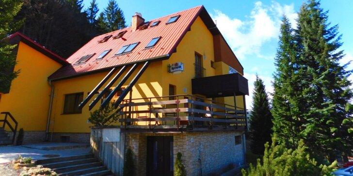 3–8 dní turistiky v malebných Beskydech pro 2 s chutnou polopenzí a saunou