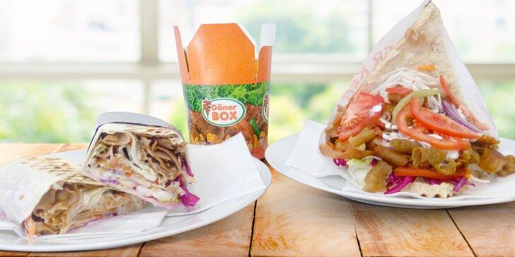 Tradiční kebab v domácím chlebu, tortille nebo v boxu