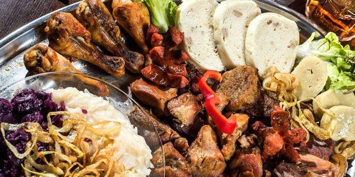 Kilo masa a kilo příloh v restauraci pod hradem Špilberk: porce až pro 4 osoby