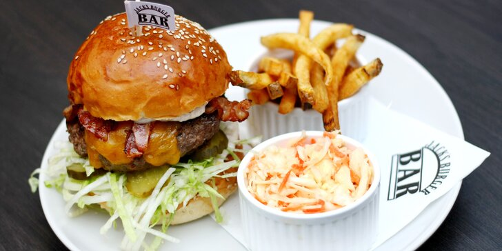 Cheeseburger menu v jedné ze 2 ostravských poboček vyhlášené burgrárny