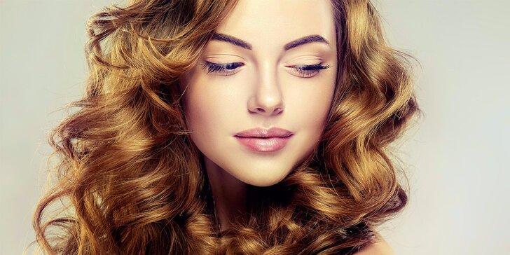 Krásné vlasy: profesionální dámský kadeřnický balíček ve studiu Bona Dea