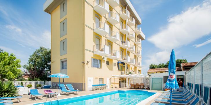 Dovolená v letovisku Rimini: jen 170 m od pláže, polopenze, až 2 děti zdarma