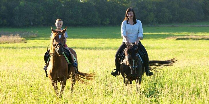 Výlet za koňmi: Projížďka na koni v přírodě pro dospělé i děti