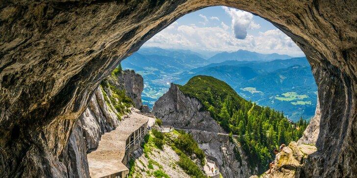 Největší ledová jeskyně světa a Salzburg patřící mezi památky UNESCO