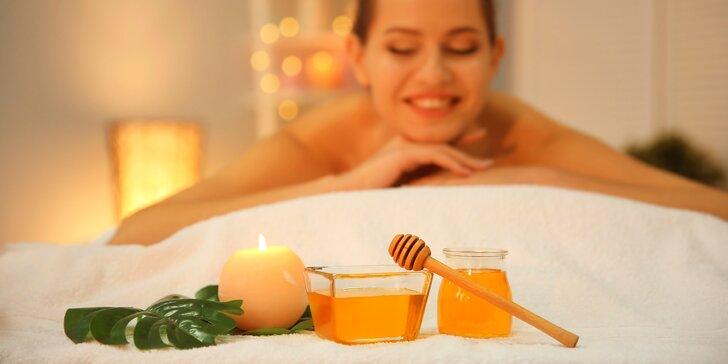 Medový jarní detox: 45minutová masáž zad s nahřátým medem