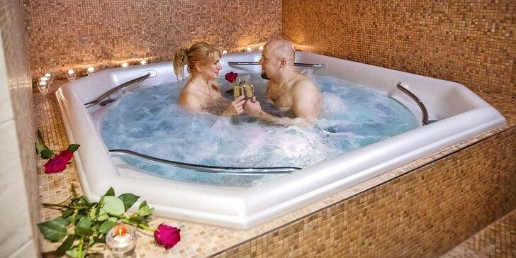 Romantika ve dvou: privátní whirlpool, nápoje a sleva do restaurace