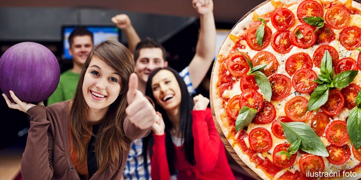 Pizza dle vašeho výběru a hodina bowlingu v Kostelci na Hané