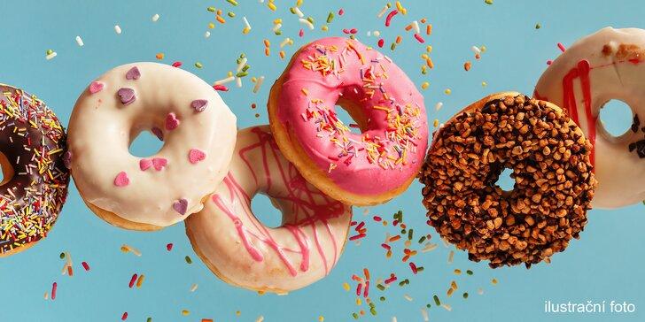 Just Donut: nadýchaná pochoutka podle výběru a káva pro jednoho nebo dva