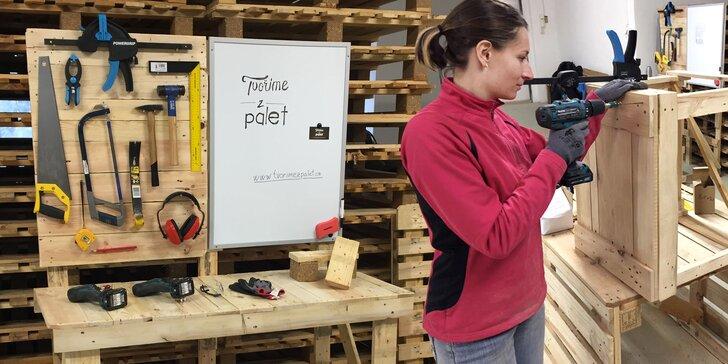 Vyrobte si vlastní nábytek z palet: Víkendový workshop v profi dílně