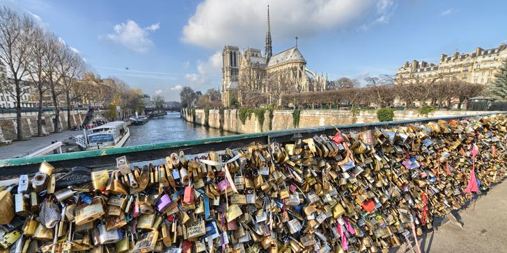 Výlet do Paříže: Eiffelovka, muzeum Louvre, Notre Dame, Tour Montparnasse