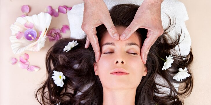 Hlava bez starostí: 30minutová indická masáž hlavy proti stresu