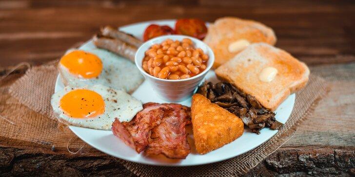 Začněte pořádnou snídaní: anglická, míchaná vajíčka, ovesné vločky i sendvič