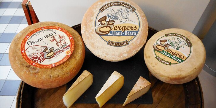 Farmářské sýry z Pyrenejí: 150 g ovčího, kozího nebo kravského sýra