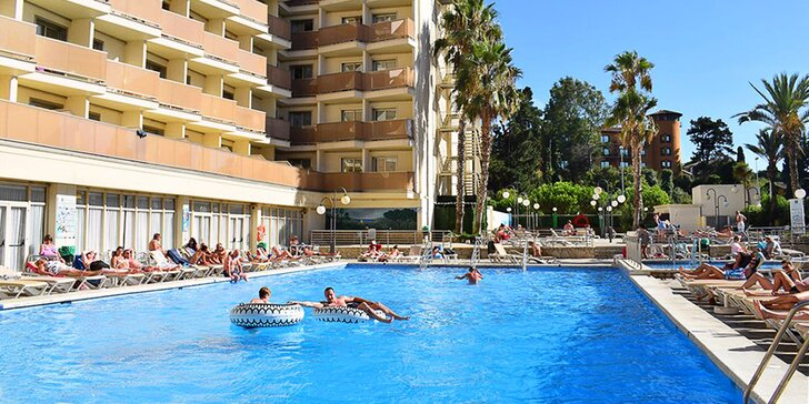 Pobyt v Lloret de Mar: 7 nocí v 4* hotelu s bazénem, polopenze, 150 m od pláže