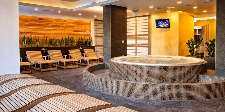 Báječný relax v lázeňském Sárváru: 4* hotel, wellness a polopenze