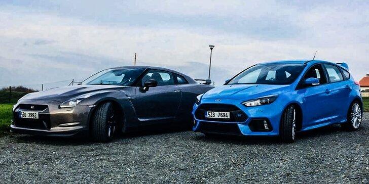 30 minut v supersportu: Ford Focus RS nebo Nissan GT-R s palivem i bez