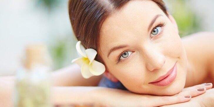 Svěží, čistá a zářivá pleť: čištění obličeje ultrazvukem či enzym. peelingem