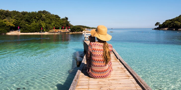 Dovolená v Albánii: 7 nocí v hotelu přímo na pláži s light all inclusive