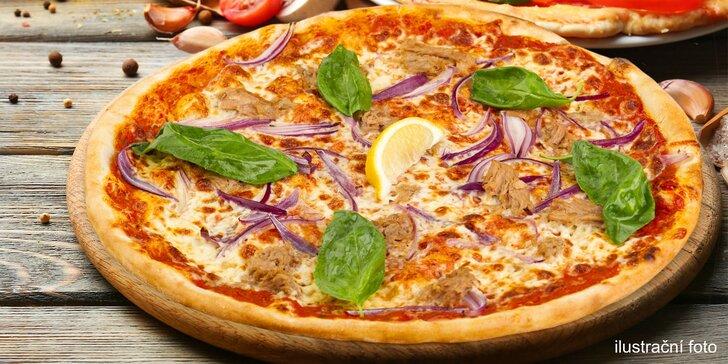 Maníkova pizza od pondělí do pátku: ⌀ 45 cm a pestrý výběr ze 25 druhů