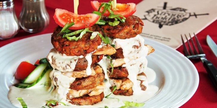 Strongholdská věž s bramboráčky pro dva ve vyhlášené středověké restauraci