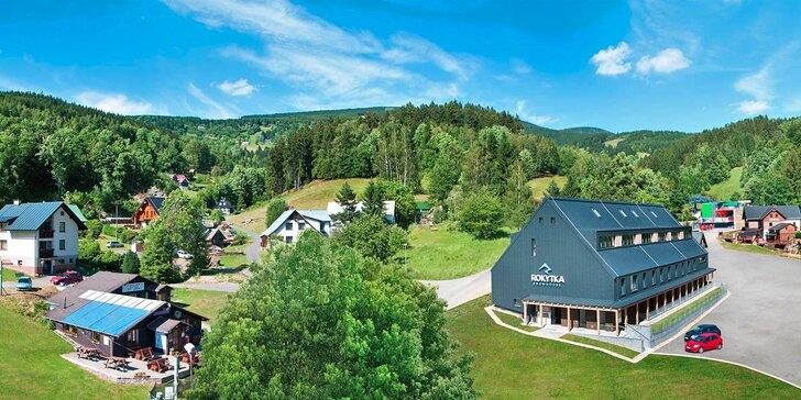 Jaro i letní prázdniny v Krkonoších: Luxusní apartmány pro dva i rodinu