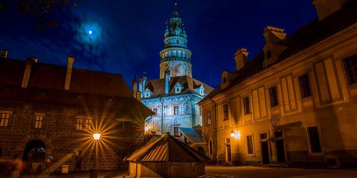 Krumlovské tajemno: večerní prohlídka města a zámeckých nádvoří
