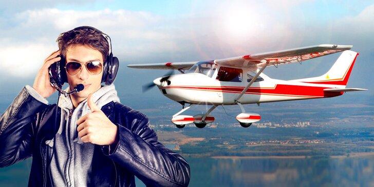 Vzhůru do oblak: 20 nebo 30 minut pilotem na zkoušku a instruktáž