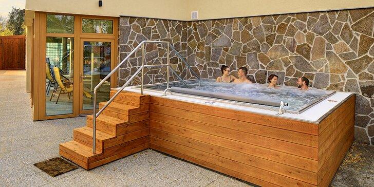 90 minut v privátním wellness se saunou a venkovní vířivkou až pro 4 osoby