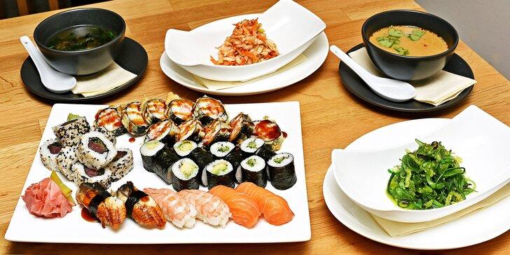 Degustační menu pro 2 v moderní japonské restauraci: sushi, salát i polévka