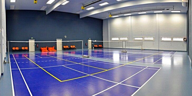 Badminton, tenis, squash, nohejbal, fotbálek: Na hodinu je kurt jen váš