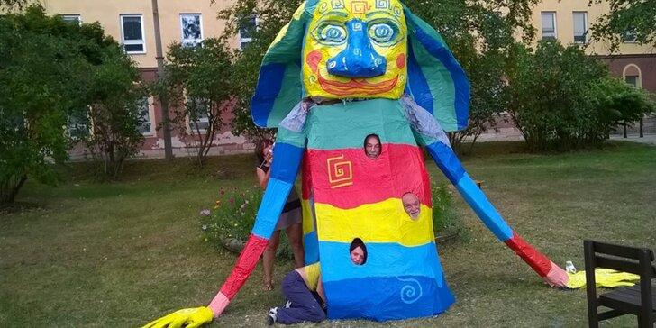 Rodinná zábava: celodenní workshop tvorby papírové sochy obřího draka