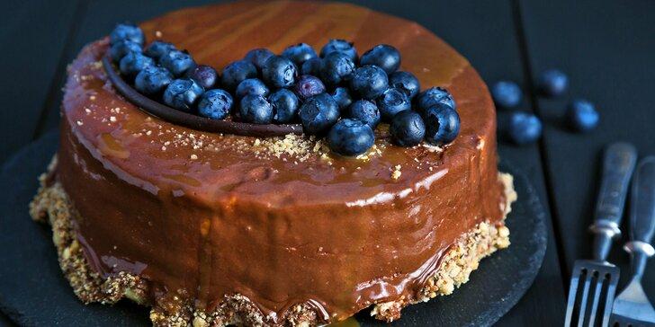 Luxusní sladké potěšení: bezlepkové i veganské dorty, mousse, lanýže a jiné