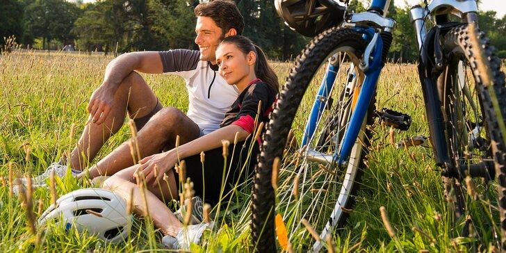 Za cyklistikou i pohodou do Jizerek: 2–3denní jarní či letní pobyt na zámečku