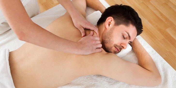 60minutová sportovní masáž s magnéziem pro regeneraci svalstva