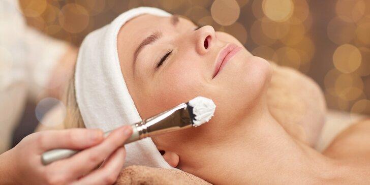 Kosmetické ošetření pleti s 20minutovou masáží a maskou ze spiruliny
