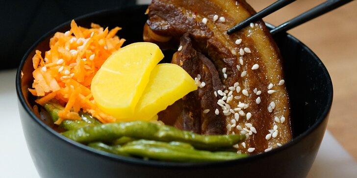 1. tchajwanské bistro v Praze: Ochutnejte polévku, hlavní chod a čajová vejce
