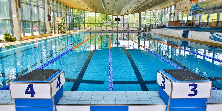 1 nebo až 10 vstupů do plaveckého areálu: vnitřní i venkovní bazén a sauny